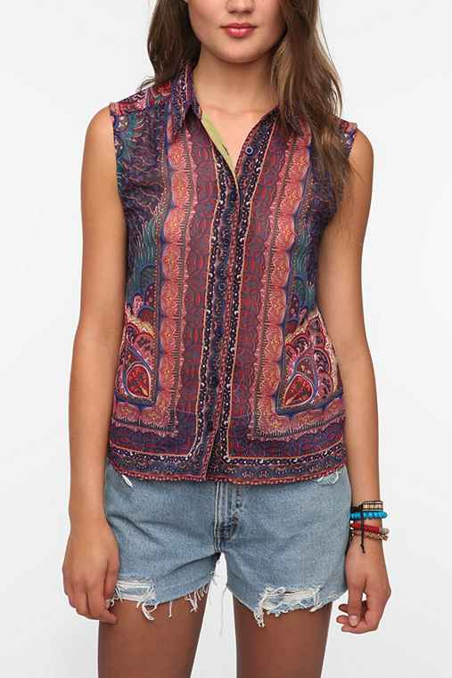 Staring at Stars Scarf Print Sleeveless Blouse