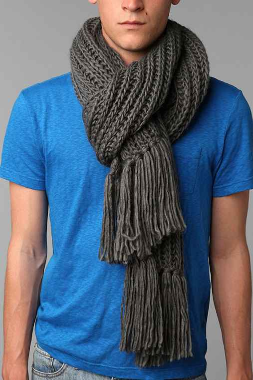 UO Double Cable Knit Scarf