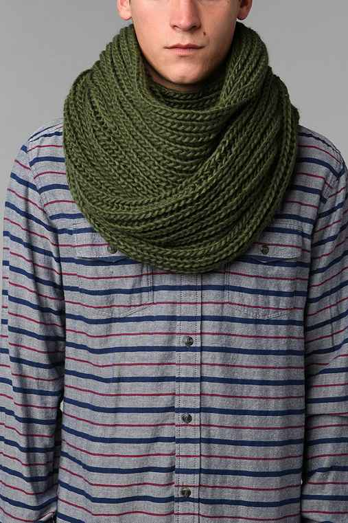 UO Double Cable Knit Eternity Scarf