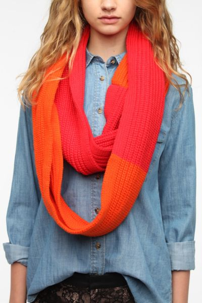 525 America Colorblock Eternity Scarf