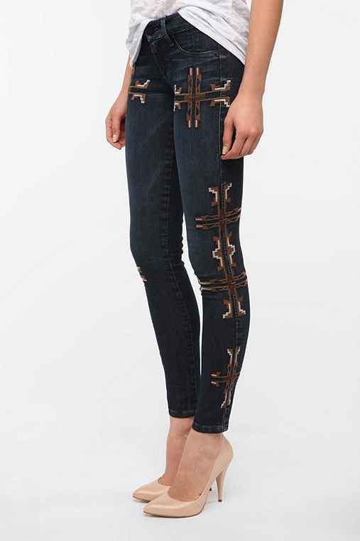 SOLD Design Lab Embroidered Soho Super Skinny Jean