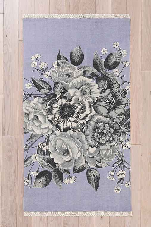 Plum & Bow Graphic Corsage Rug