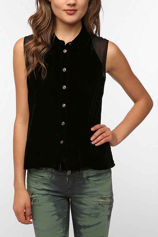 Sparkle & Fade Sleeveless Velvet Button-Down Shirt