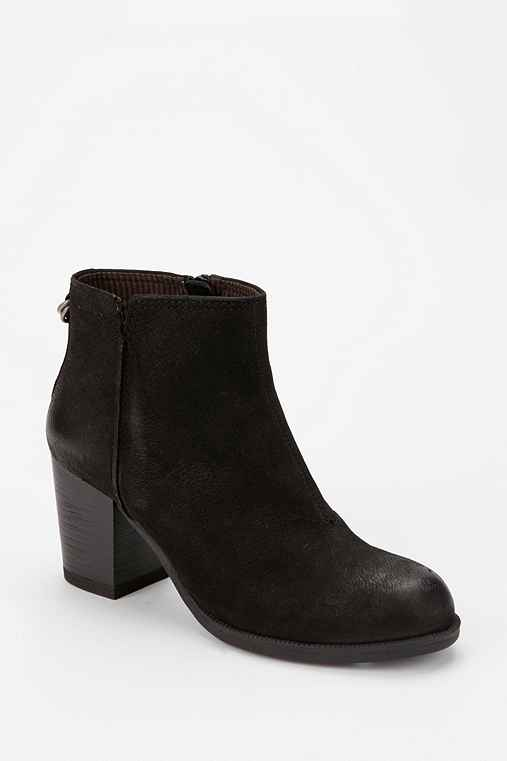 Vagabond Dee Nubuck Leather Ankle Boot