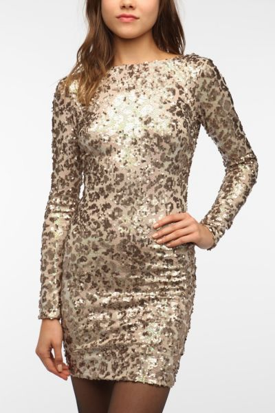 Dress The Population Lola Sequined Bodycon Dress