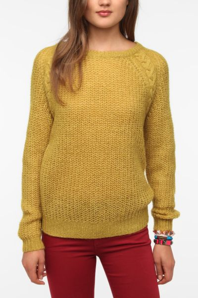 BDG Cable Knit Raglan Sweater