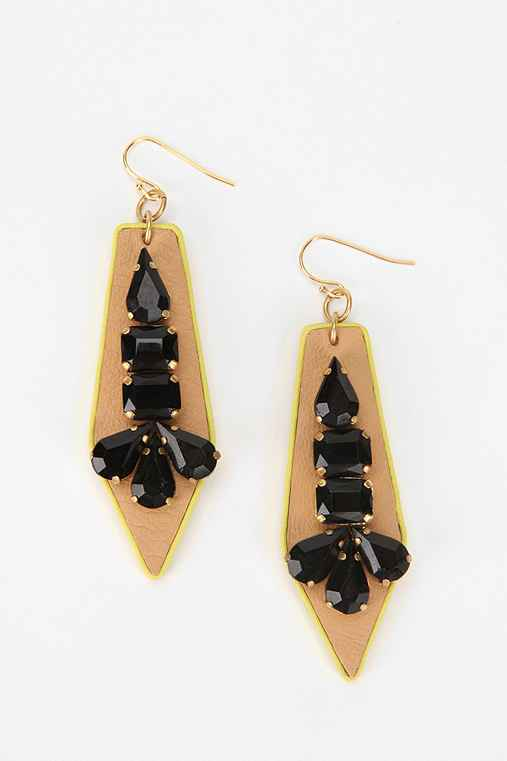 Sandy Hyun Arrow Earring