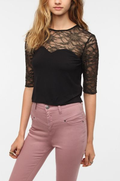 Tela Lace Sweetheart Crop Top