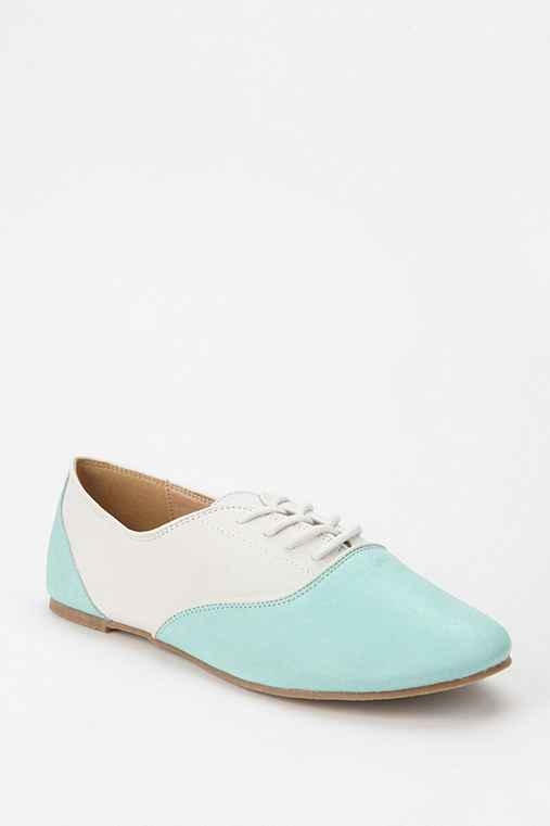 Kimchi Blue Teen Dream Lace-Up Oxford