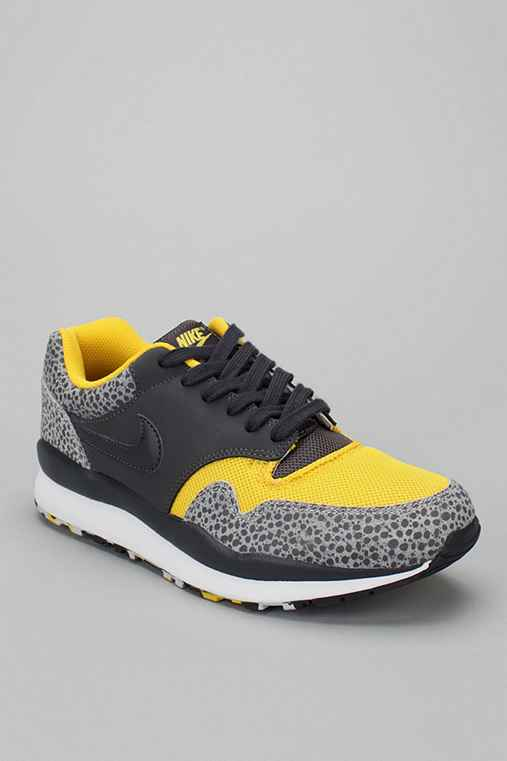 Nike Air Safari Sneaker