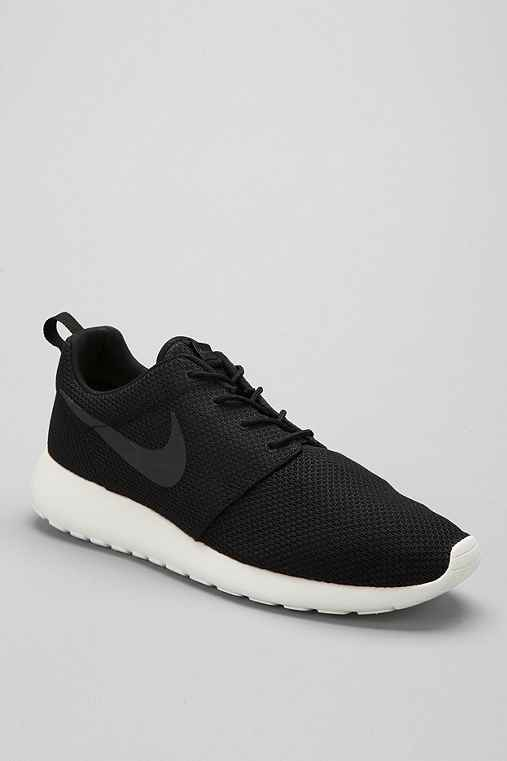 Related Pictures nike new roshe run women shoes in red and white