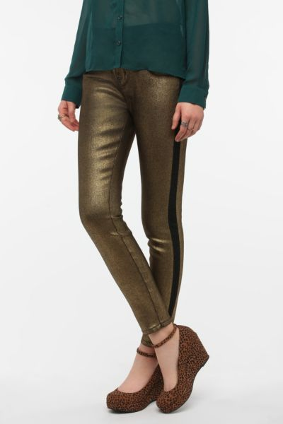 BDG Twig High-Rise Jean - Metallic Stripe