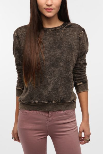 Altru Distressed Sweatshirt