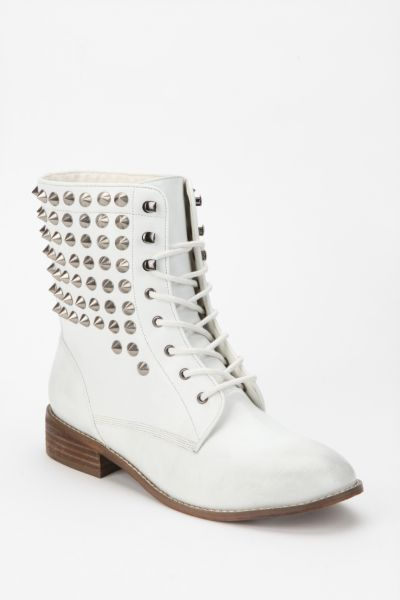 Ecote Echo Pyramid-Stud Lace-Up Boot