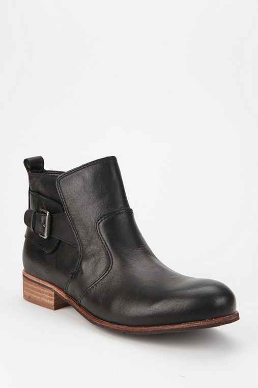 DV By Dolce Vita Rodge Leather Ankle Boot