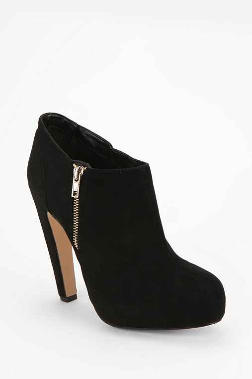 DV By Dolce Vita Dakoda Suede Ankle Boot