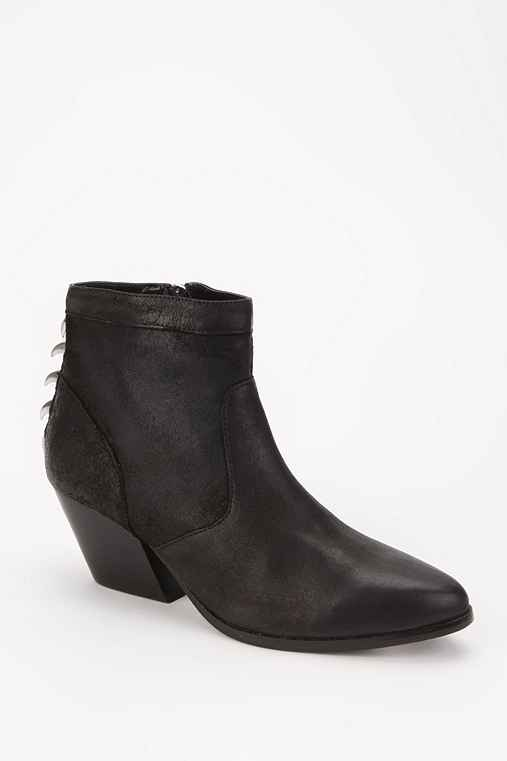 Dolce Vita Rios Claw Ankle Boot