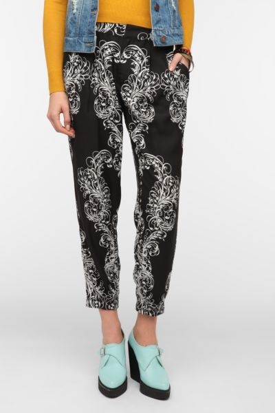 Silence & Noise Printed Pleated Ankle Pant