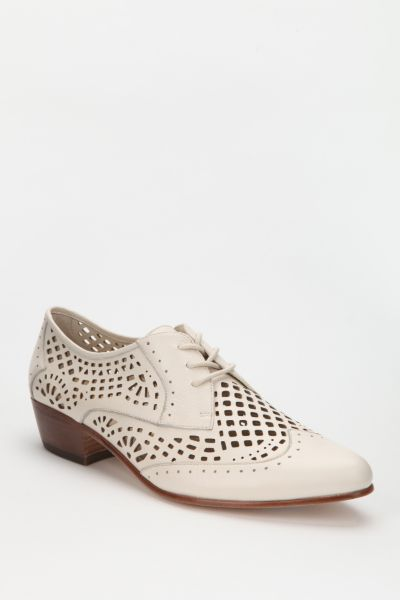 Dolce Vita Orina Cutout Leather Oxford