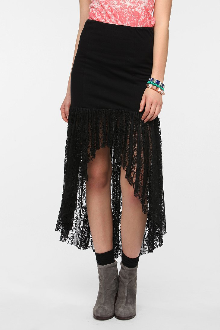 staring at lace hem high low skirt outfitters