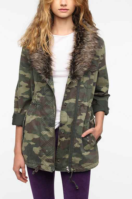 Ecote Faux Fur Collar Camo Surplus Jacket