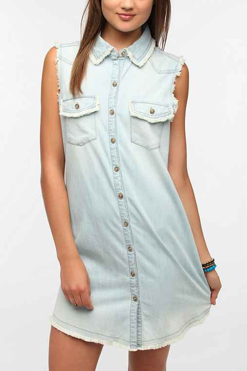 BDG Raw-Edge Sleeveless Chambray Shirtdress