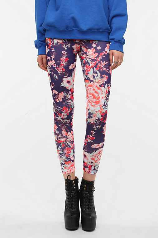 BDG Winning Roses High-Rise Legging