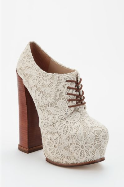 DV8 By Dolce Vita Lace Flower Platform Oxford