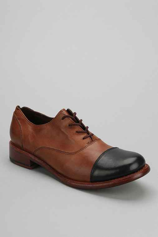 JD Fisk Rawlins Capped Oxford Shoe