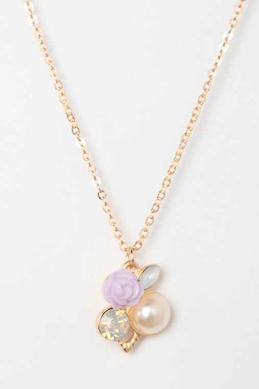 Pretty Little Flower Necklace