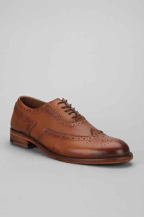 Ben Sherman Alto Brogue Shoe
