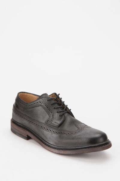 Frye James Wing-Tip Oxford