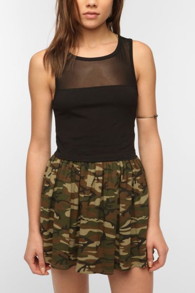 Truly Madly Deeply Mesh-Inset Cropped Tank Top