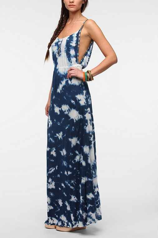 Ecote Carved Out Maxi Dress