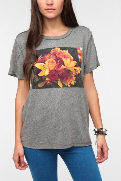 Corner Shop Mosaic Flower Tee