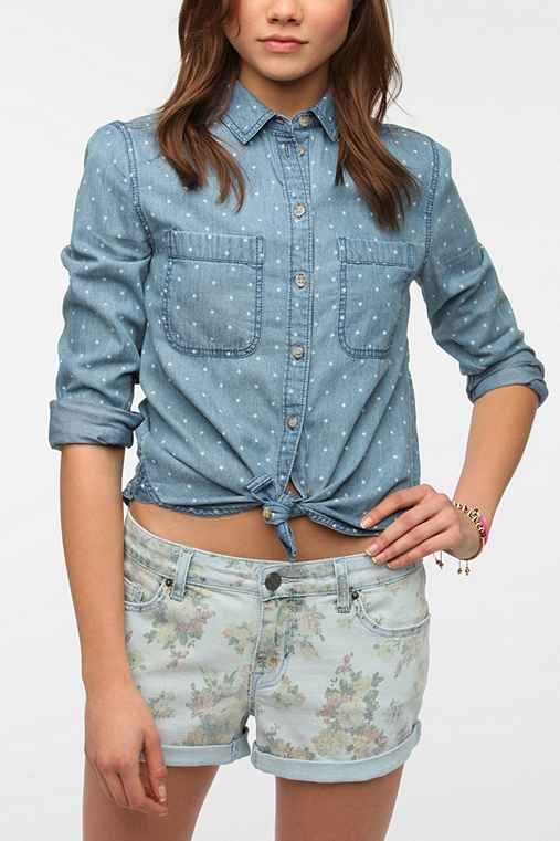 BDG Classic Chambray Button-Down Shirt