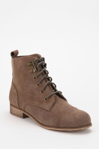BDG Chelsea Suede Lace-Up Boot