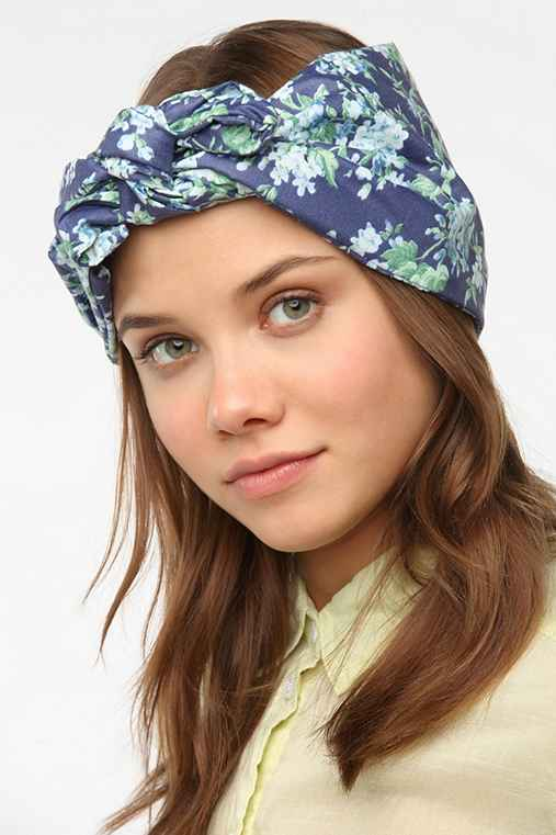 Cult Gaia Baby's Breath Headwrap