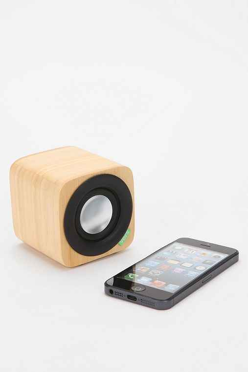 Vers 1Q Portable Wireless Speaker