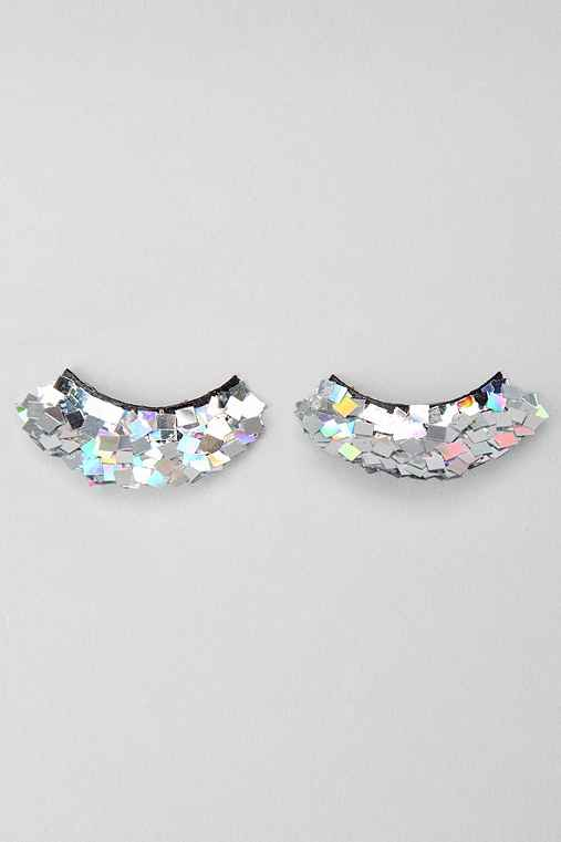 Shimmer Twins Treasure Lashes - Urban Outfitters