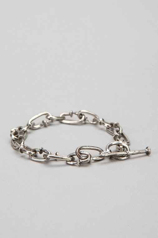 Beneath the Roses Nail-Link Bracelet