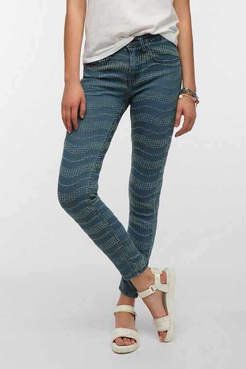 Ziggy Sticks & Bones  Mid-Rise Skinny Jean - Distressed