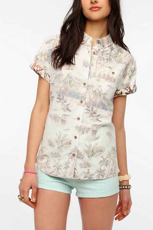 BDG Short-Sleeved Oxford Button-Down Shirt