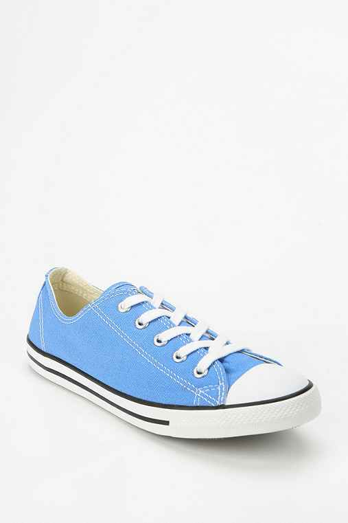 Converse Chuck Taylor All Star Dainty Women's Canvas Sneaker