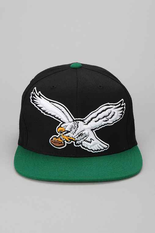 Mitchell & Ness Eagles Snapback Hat