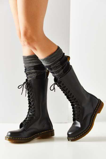 Dr. Martens 1914 14-Eye Boot