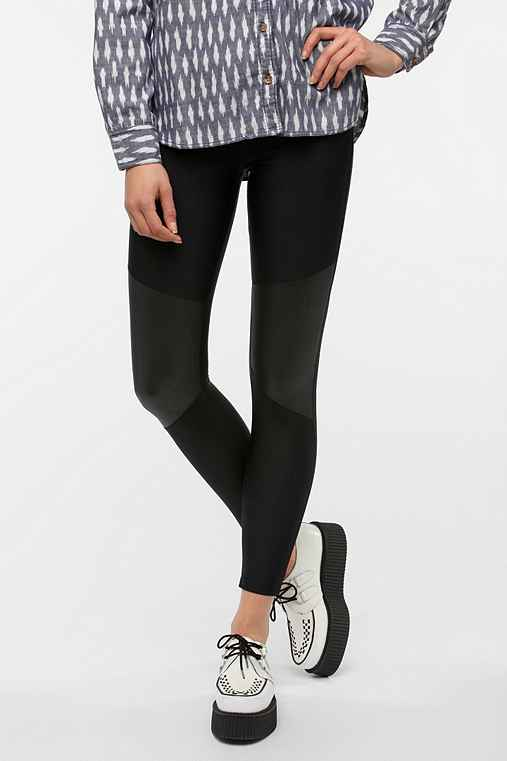 BDG Knee-Patch Matte Legging