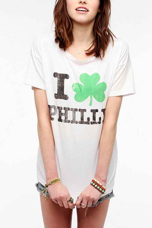 Hometown Heroes I Clover Philly Tee