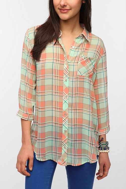Olive & Oak Chiffon Plaid Blouse