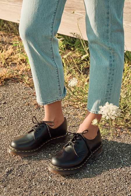 Dr. Martens 3-Eye Oxford
